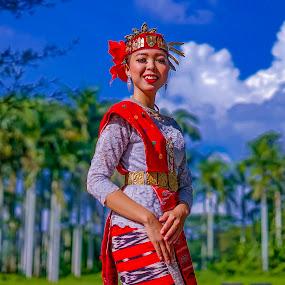 Samosir Island Dancer - Devi Sinaga by Dian Manik - People Professional People
