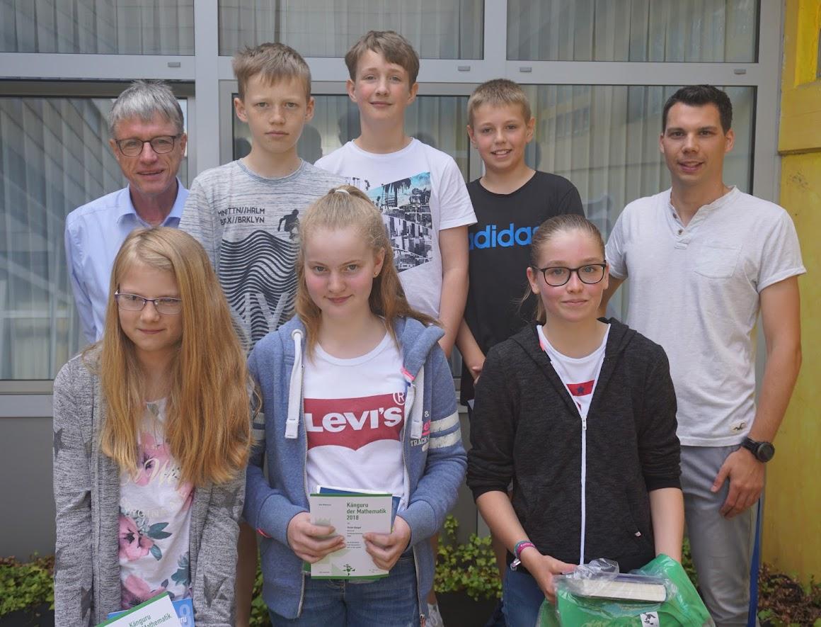3-45-9-fuerstenberger-unter-den-preistraegern