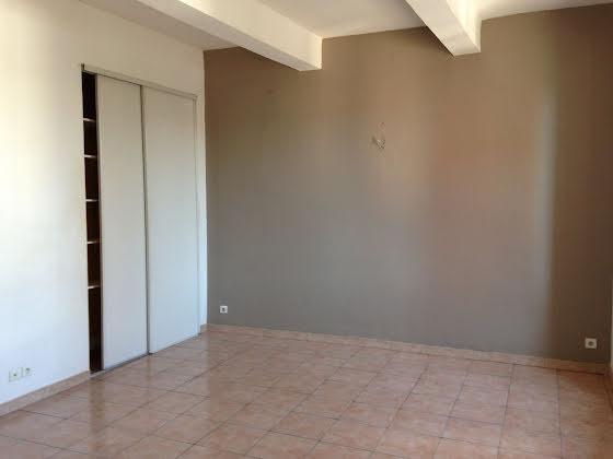 Location appartement 3 pièces 53,22 m2
