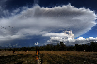 Photo: Rininahue village showing the cloud of ash billowing from Puyehue volcano in southern Chile, 870 km south of Santiago, on June 5. (Claudio Santana/AFP/Getty Images)  #cloud #storm #supercell #nature #thunderstorm #hailstone #lightning #photo #photography  #photo #photography #News #WeatherNews #Bolt #ChesterCounty #ExtremeWeather #farm #Funnel #JeffBerkes #lightpollution #Lightning #Pennsylvania #rain #severe #Shaft #Storms #Thunderstorm  #funnel #lightningphotography   #stormphotography #weatherphotos   #stormphotography