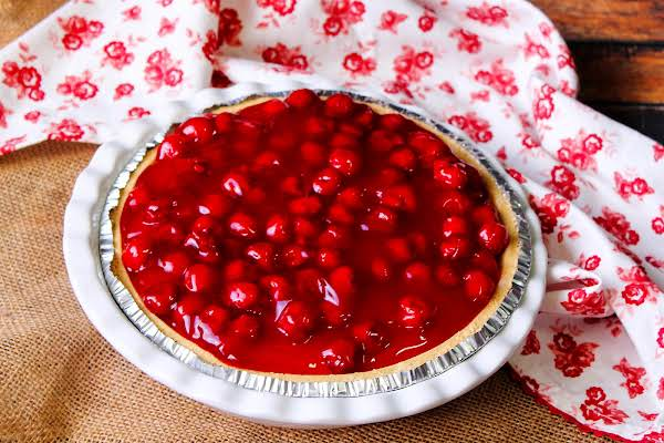 Easiest No-bake Cheesecake With Cherry Topping.