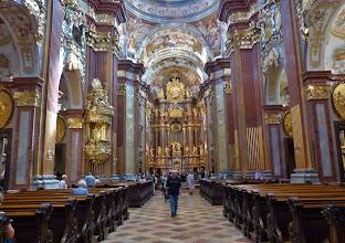 Photo: Kloster Melk: Siftskirche St. Petrus und Paulus: Hauptschiff mit Hochaltar