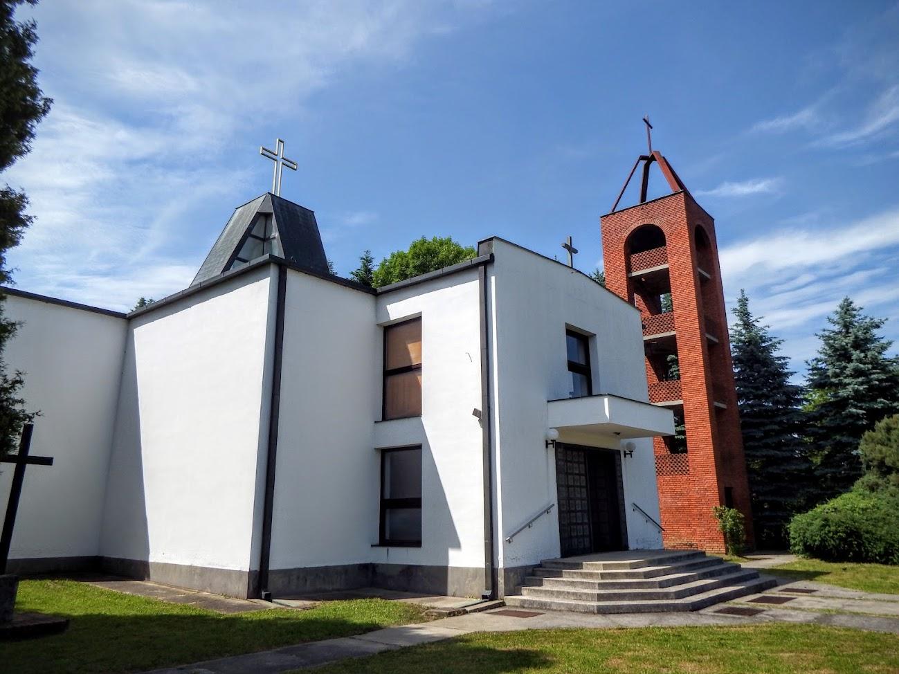 Csörötnek - Örök Ige rk. templom