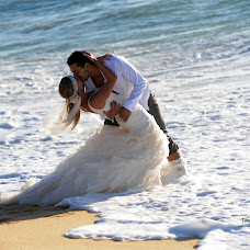 Wedding photographer Paulo Soeiro (paulosoeiro). Photo of 09.04.2015
