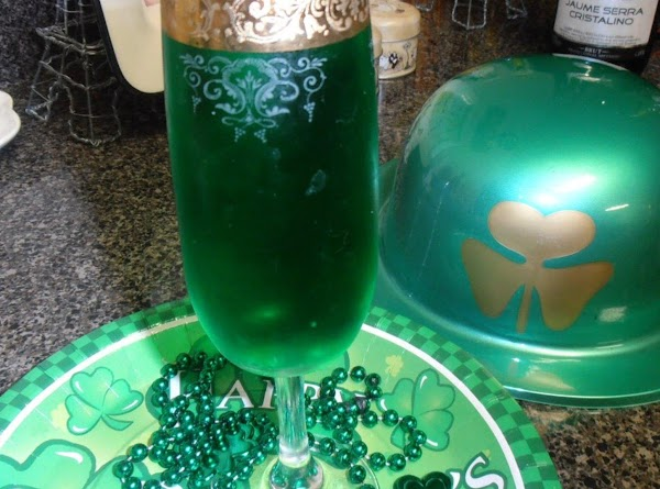 St. Patty's Day Champagne Cocktail Recipe