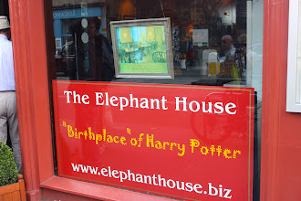 Photo: Cafe where JK Rowling starting writing the Harry Potter series.