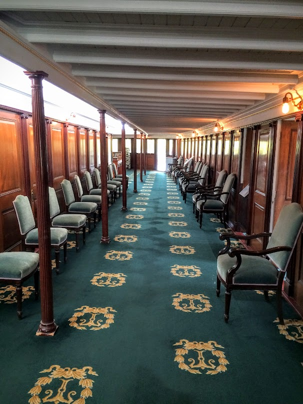 On of the sitting rooms on the ship.