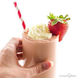 Low Carb Strawberry Smoothie - 4 Ingredients (Keto, Paleo, Sugar-free).