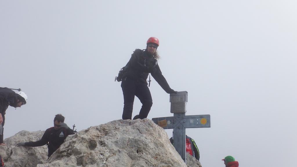 Photo: In vetta al Corno Grande Occidentale, quota 2912 mt