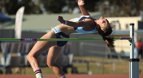 Bella Stewart at the 2016 Australian All Schools Track and Field Championships in Canberra on Saturday. Photo: Athletics NSW