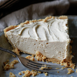 Biscoff Cream Cheese Pie