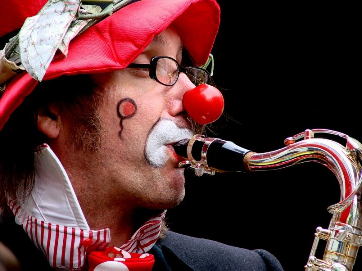 Il sassofono... di Luca Bettosini