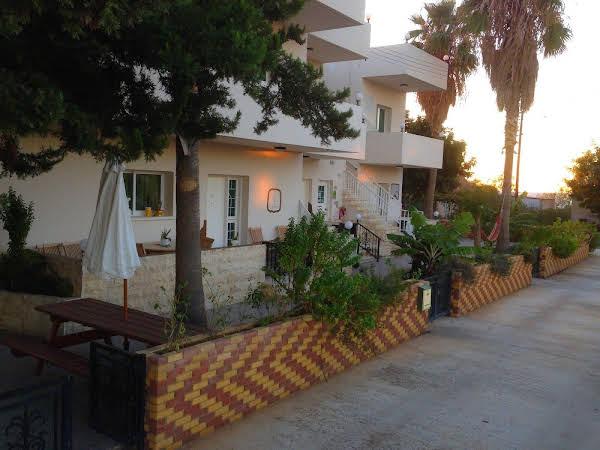 Astrofegia Apartments