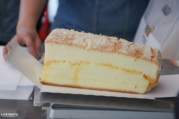人氣現烤蛋糕,起司!巧克力!鹹蛋黃必吃大推薦。「多多巧思現烤蛋糕」