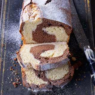 Paul Hollywood's marble cake