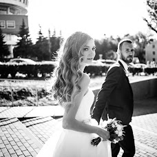 Wedding photographer Evgeniy Andreev (Andreev). Photo of 14.02.2018