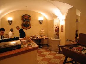 Photo: Der Morgen nach dem Abend mit den Erdnüssen aus der Minibar ...