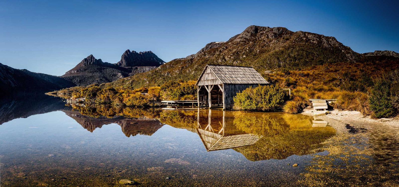 Dove Lake Circuit - Lake St. Clair National Park, Tasmania