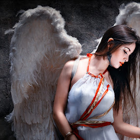 ANGEL by Michael Tamura - People Fashion