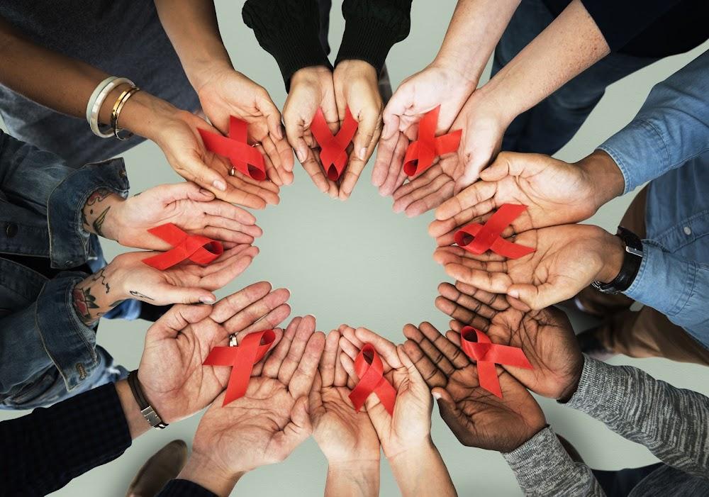 Bekendes wat hul HIV-status bekend maak, is 'n teken van stigma