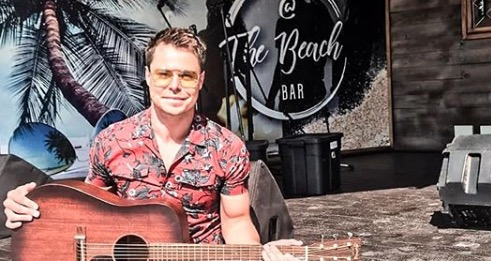 Bobby Van Jaarsveld made a young girl's dream a reality.