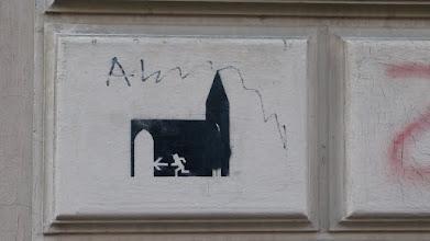 """Photo: Stencil; Unknown Artist; """"Fluchtweg Kirche"""""""