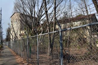 Photo: 米軍施設の廃墟