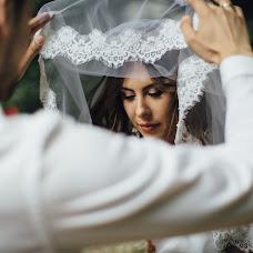 Bröllopsfotograf Nastya Ladyzhenskaya (Ladyzhenskaya). Foto av 28.09.2015