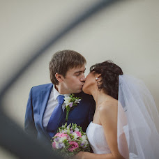 Wedding photographer Yaroslav Skuratov (Skuratov). Photo of 11.09.2013