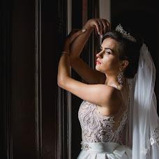 Wedding photographer Yana Petrus (petrusphoto). Photo of 02.01.2018