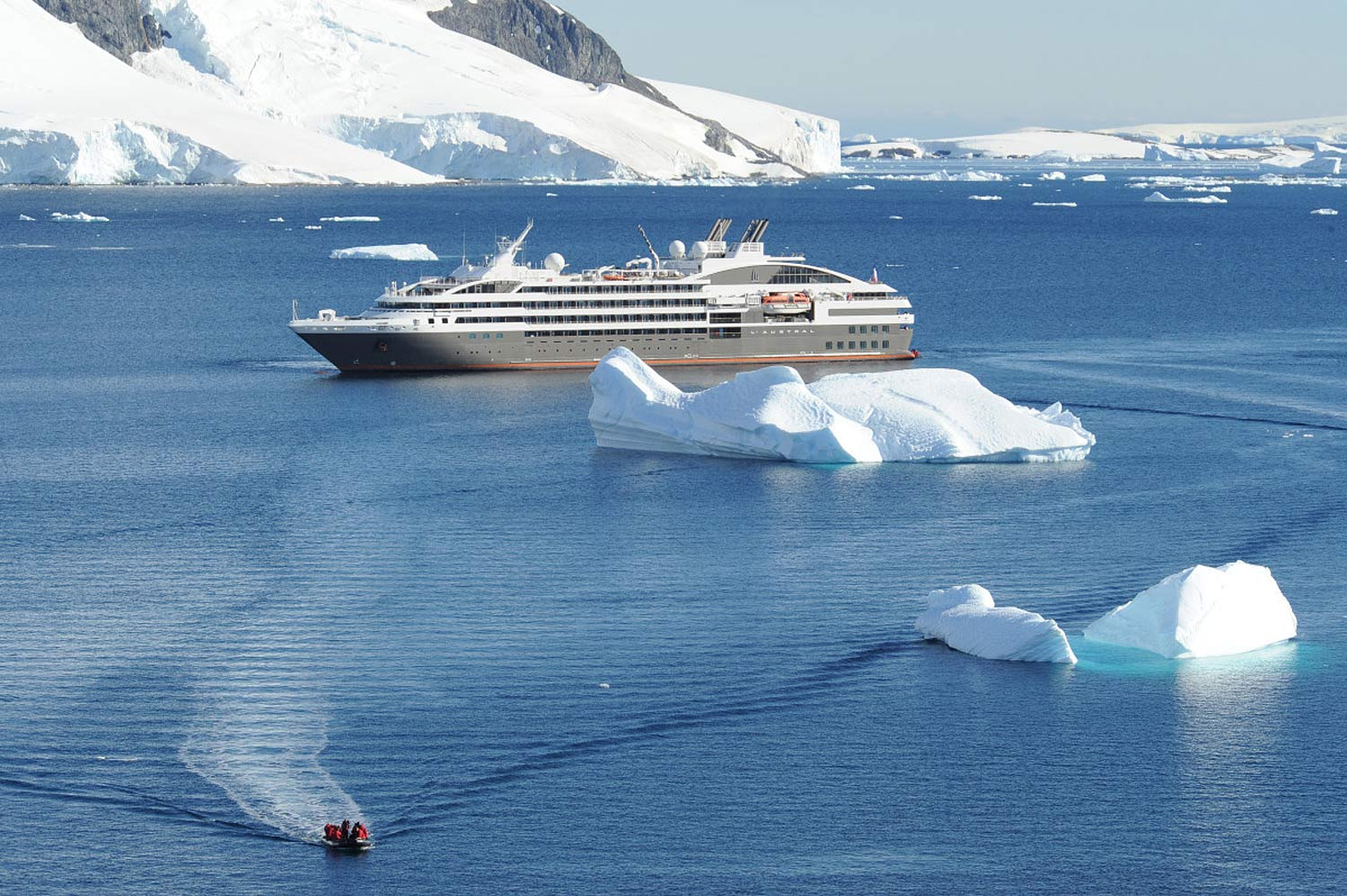 L'Austral cruises through many northern seas, including Iceland and the Northwest Passage from the Atlantic to the Pacific.
