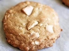 Mommys Macadamia Mmmmm Cookies