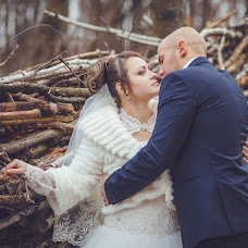 Wedding photographer Varvara Lomancova (VarvaraL). Photo of 25.03.2013