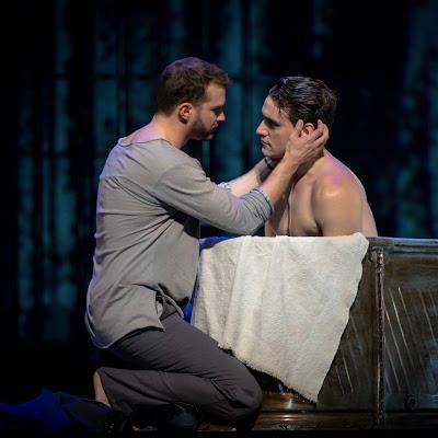 A fiery love triangle: Les feluettes at Edmonton Opera