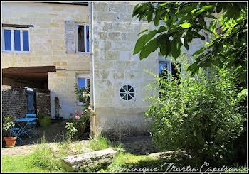 maison à La Chartre-sur-le-Loir (72)