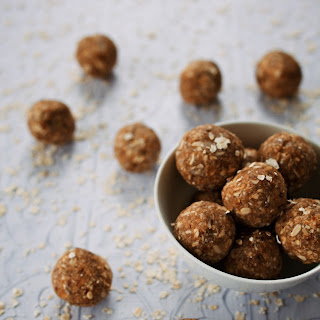 Raw Anzac Bliss Balls