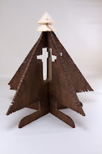 "Photo: Jeff Tate 12"" x 12"" bandsaw Christmas tree [walnut, maple]"