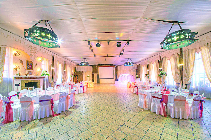 Фото №1 зала Большой банкетный зал ресторана «Замок Айвенго»