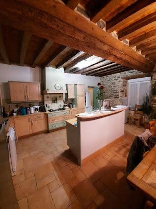 Vente maison 9 pièces 145 m2