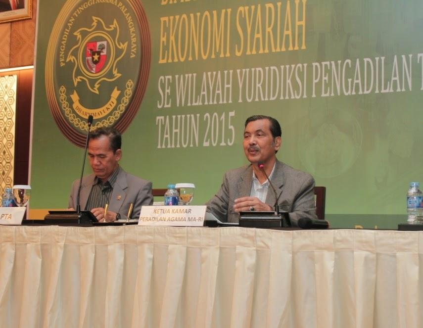 Prof. Abdul Manan Berbagi Ilmu Eknomi Syariah di Palangka Raya