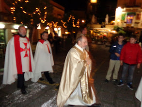 Photo: Arch-priest accompanied by four Knights of Malta processes into Duomo