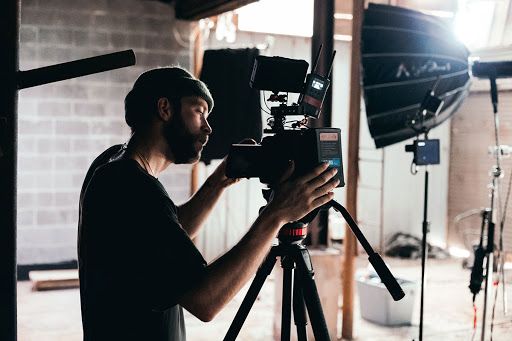6 Effective Guidelines For Making A Successful TV Commercial