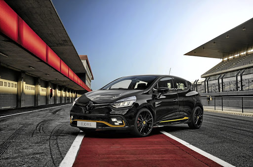 There are only 65 Renault Clio R.S. 18 F1s available in SA.