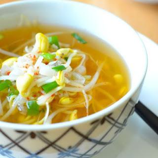 Soy Bean Sprout Soup for the Soul (콩나물국 Kongnamul Guk).
