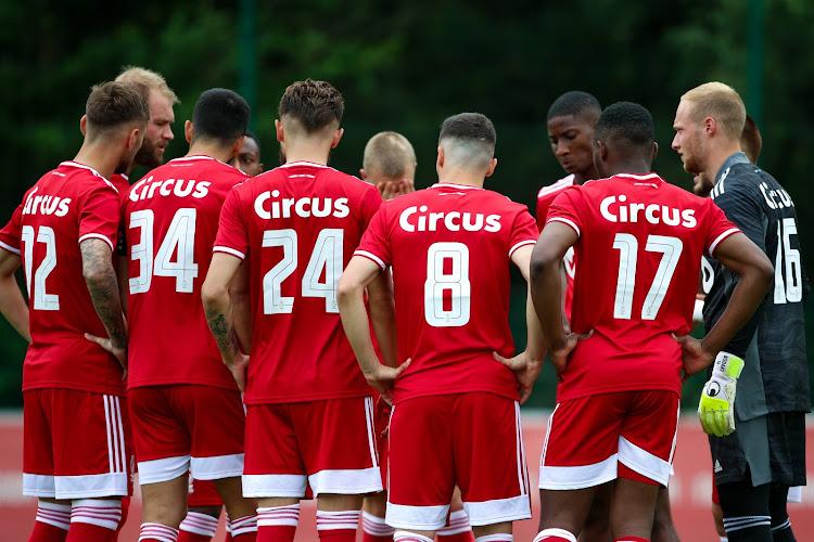 Standard kondigt nieuwe speler officieel aan: zes doelpunten in tien wedstrijden