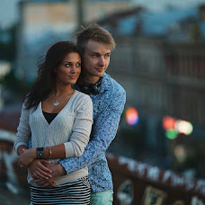 Wedding photographer Askhat Bardynov (shuffleboy). Photo of 10.07.2013