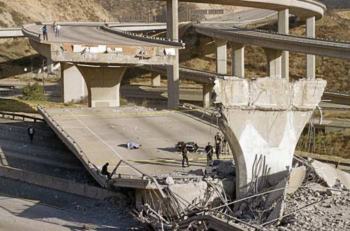 Землетрясение в Нортридже