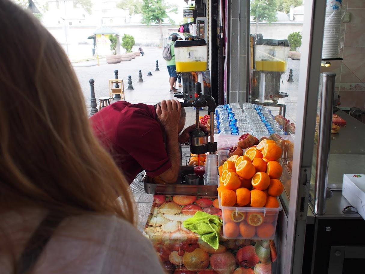 pomegranate juice istanbul