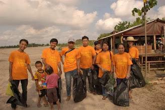 Photo: Indonesia - Sanur beach clean up in Denpasar