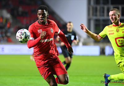 Bruny Nsimba a signé son premier contrat pro à l'Antwerp
